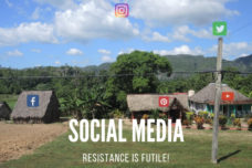 Nischenseite Social Media - Resistance Is Futile