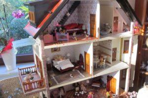 Holz Puppenhaus Nischenseite