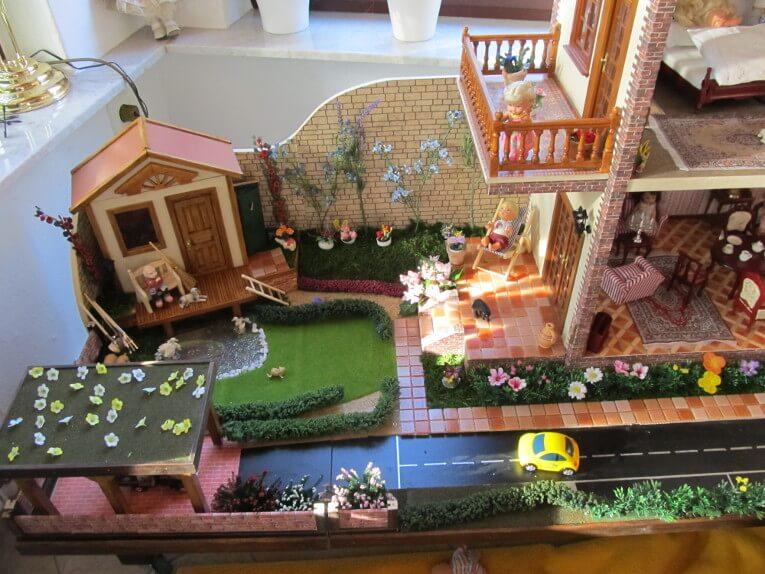 Puppenhaus aus Holz Eigenbau